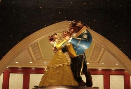Beauty and the Beast Portrait room - Be Our Guest Dining Review