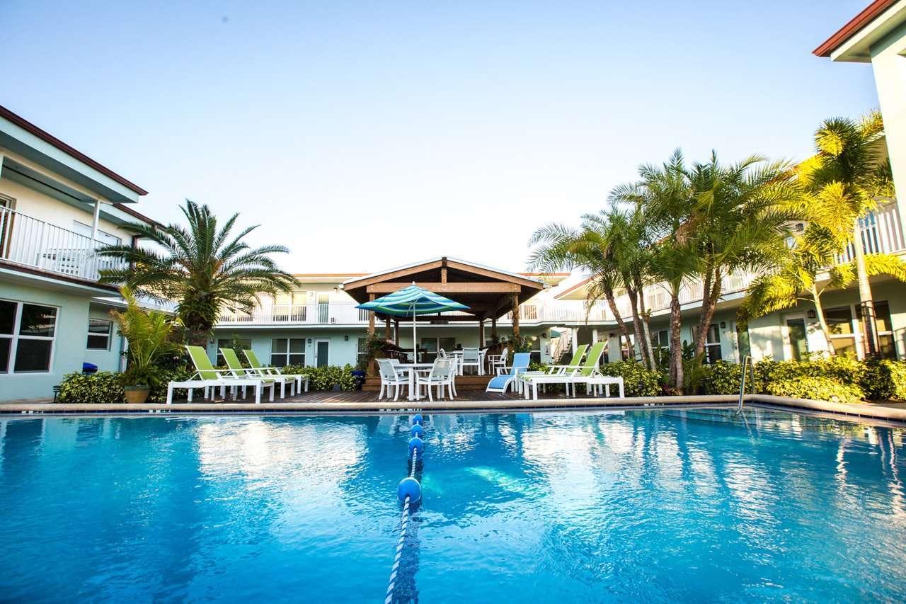 Sun Dek Beach House Review