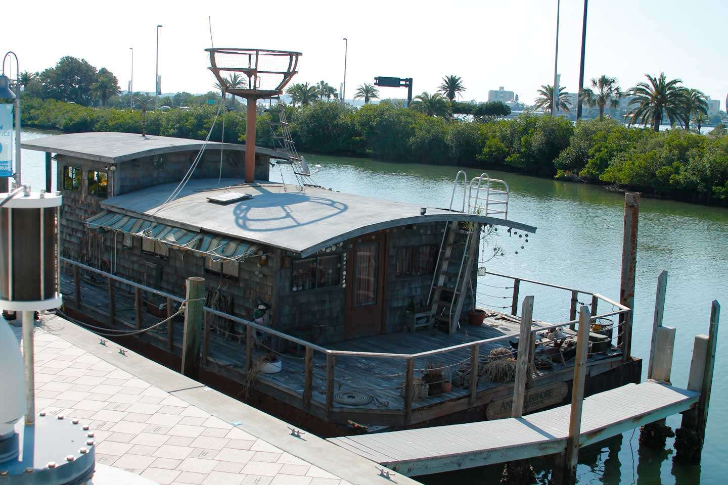houseboat outside of Clearwater Marine Aquarium
