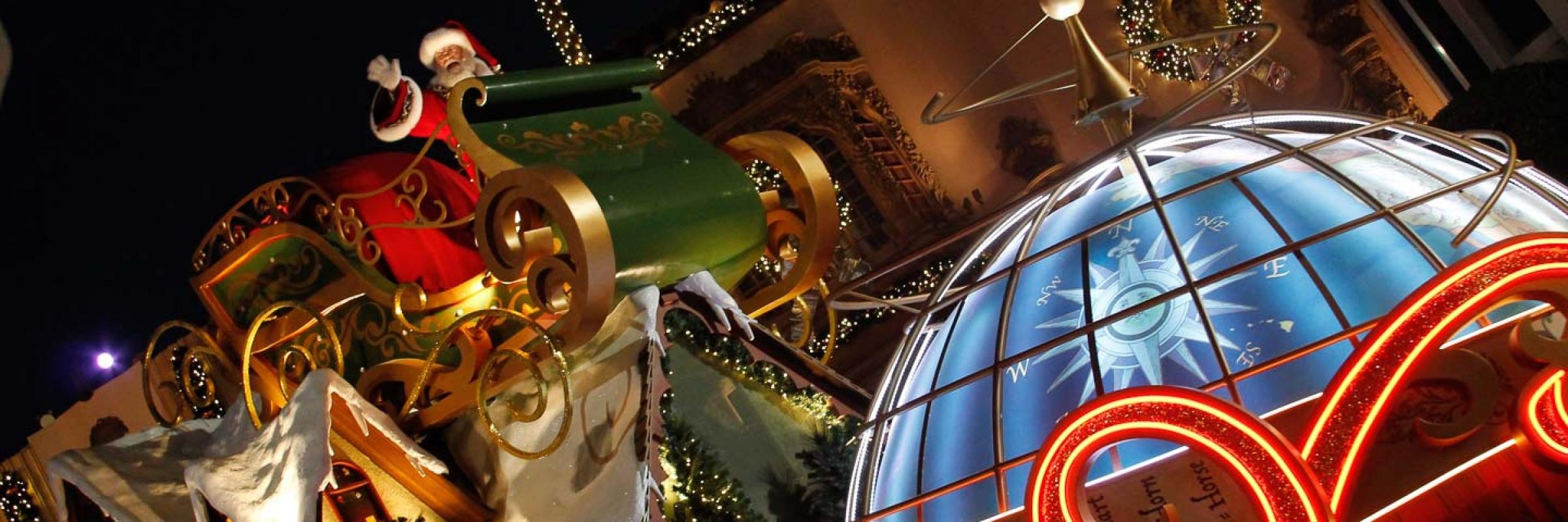 Christmas Events in Florida Santa at the Christmas Parade at Macy's at Universal Studios