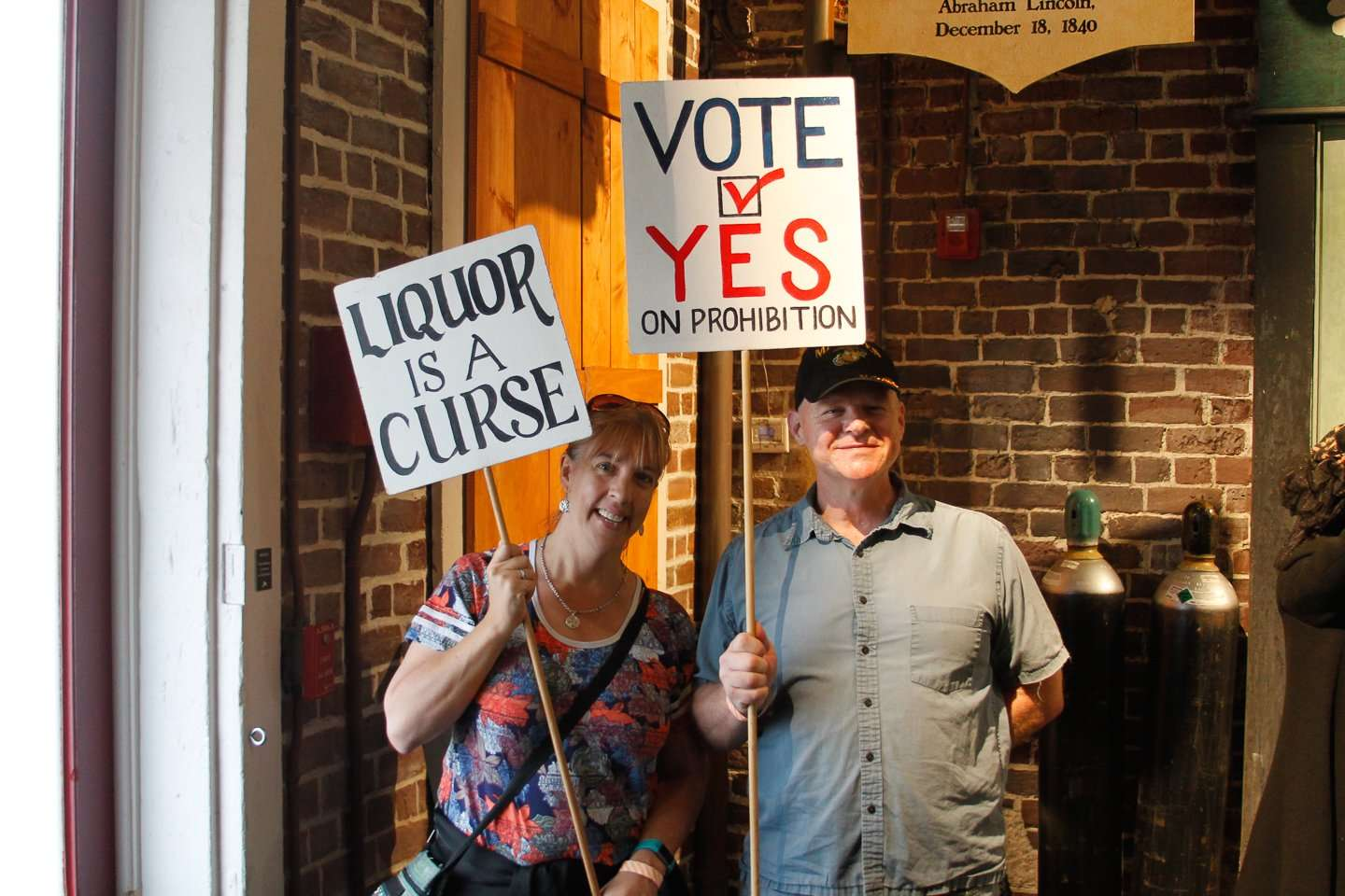 American Prohibition Museum protesters with signs