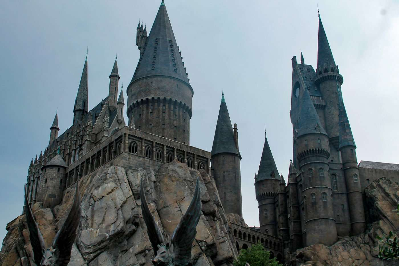 Everything about the Wizarding World of Harry Potter Hogwarts Castle