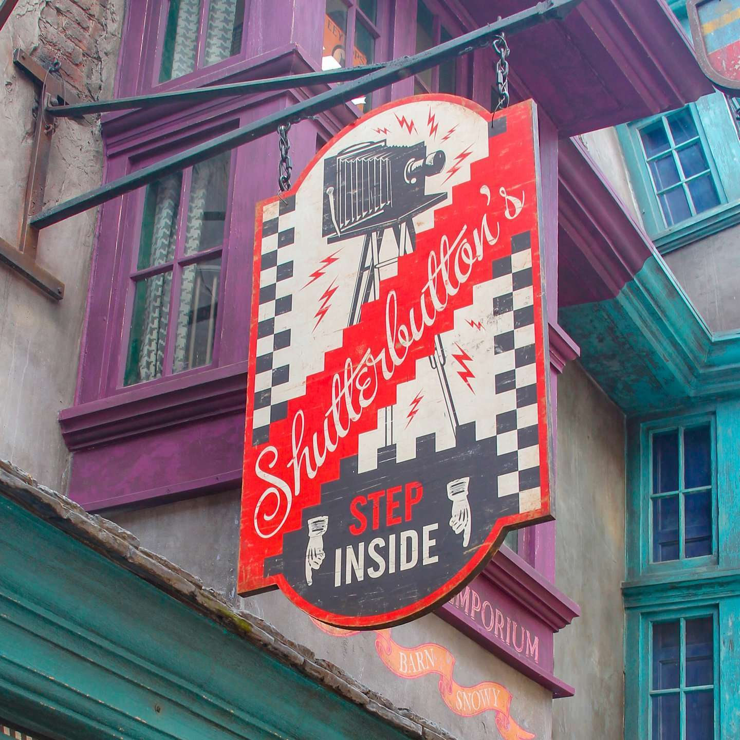 Moving Pictures at Shutterbuttons in Universal Studios Wizarding World of Harry Potter