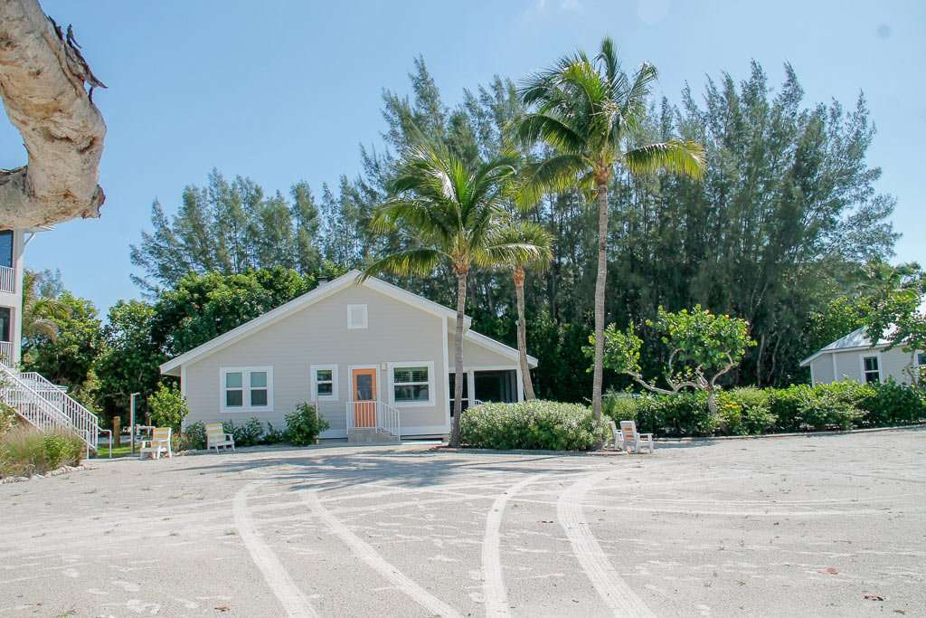Beachfront Hotel Sanibel Island Cottages for rent