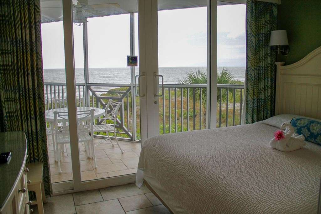 Beachfront Hotel Sanibel Island room with screened patio and ocean view