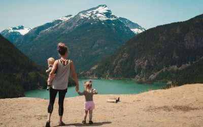 14 Best Travel Experiences to Give to Your Family This Year
