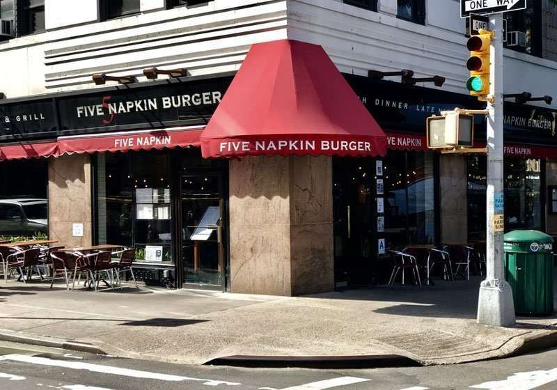 Family Friendly Restaurants in Midtown 5 Napkin Burger