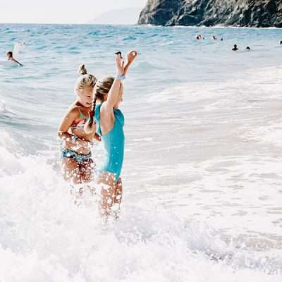 25 Fun Games to Play at the Beach