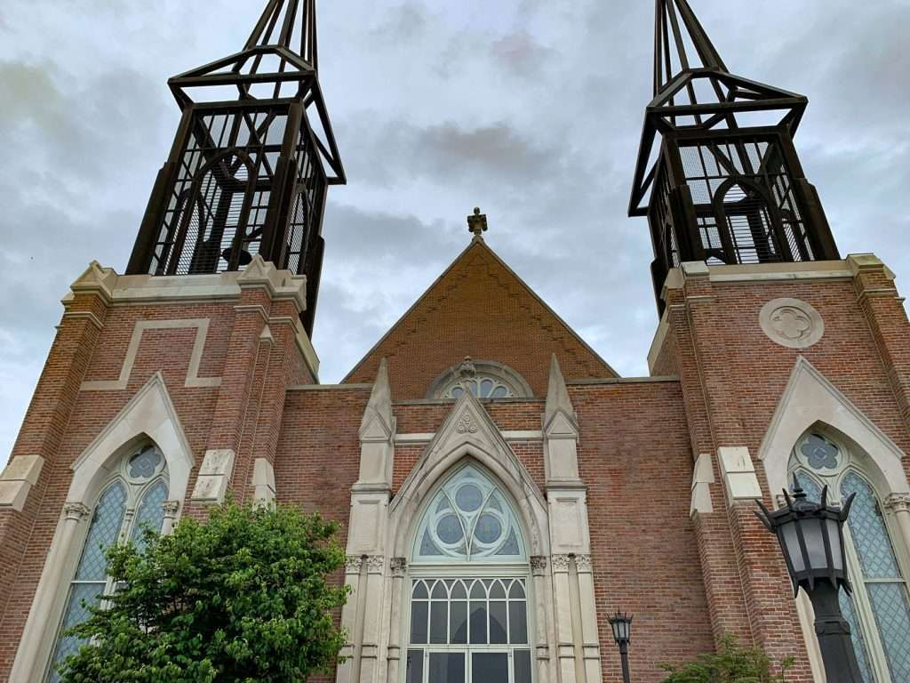 church on a walking tour of clarksville, Tennessee