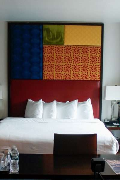How to save money on a hotel hotel room with vibrant painting