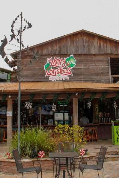 Totting Otter Bar at Wekiva Island