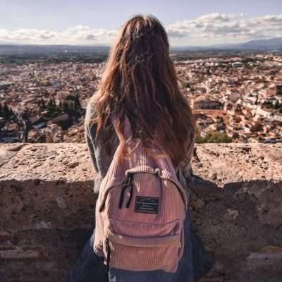 8 Unique and Must Have Travel Gifts for Teenagers