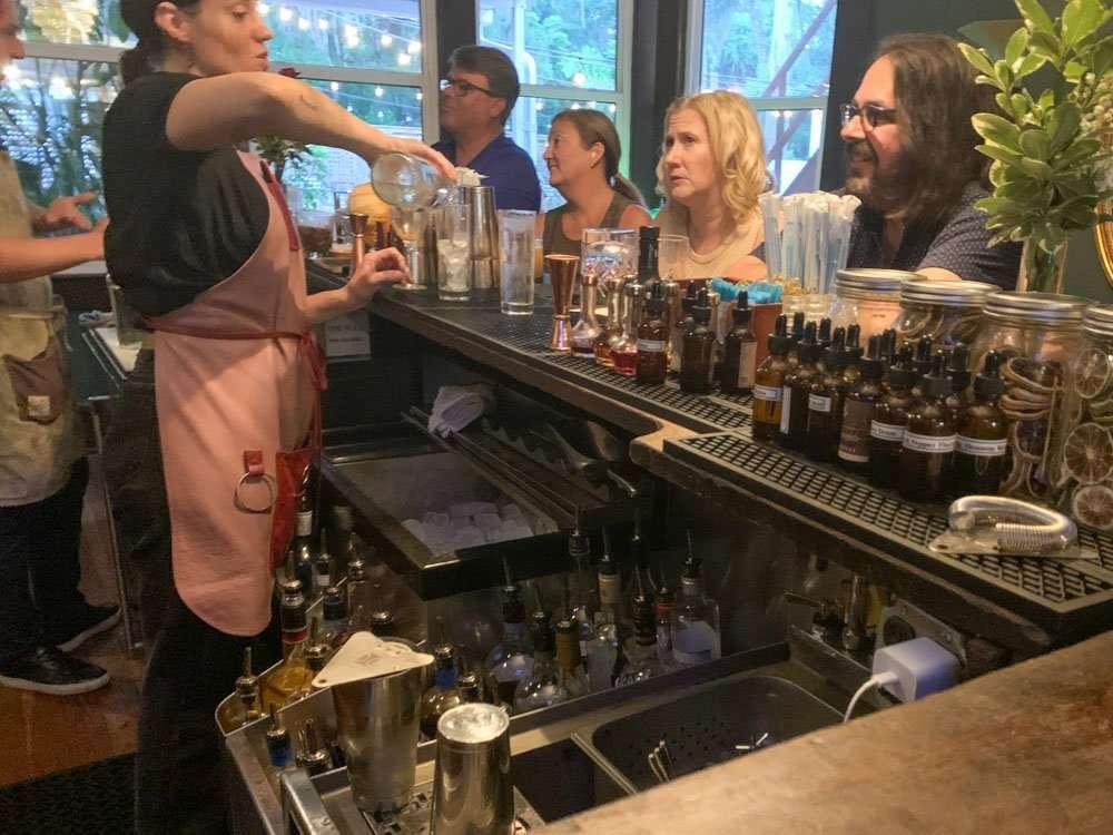 Bartender missing drinks at Hemmingway's 442